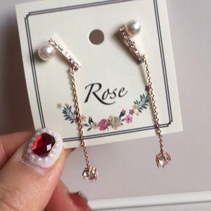 Faux pearl fashion earrings